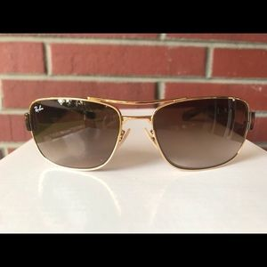 Men's Ray-Ban Sunglasses. RB3522